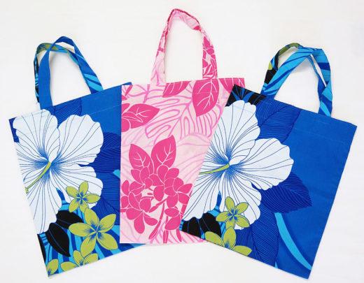 ブルーとピンクの2色。一枚仕立て、マチなし。*模様の出かたはそれぞれ多少違います。